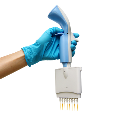 Blue-Ray_Biotech_BluePette_Electronic_Pipettes_2
